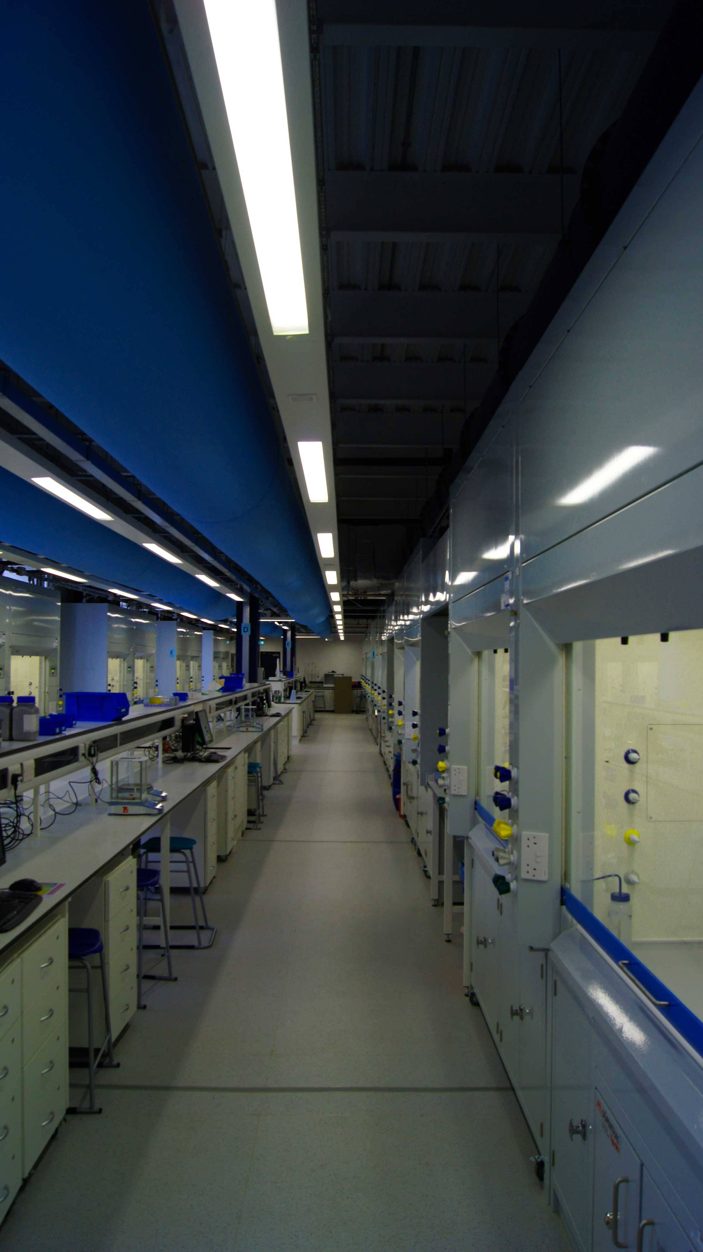 laboratory ventilation with ventilation ducts