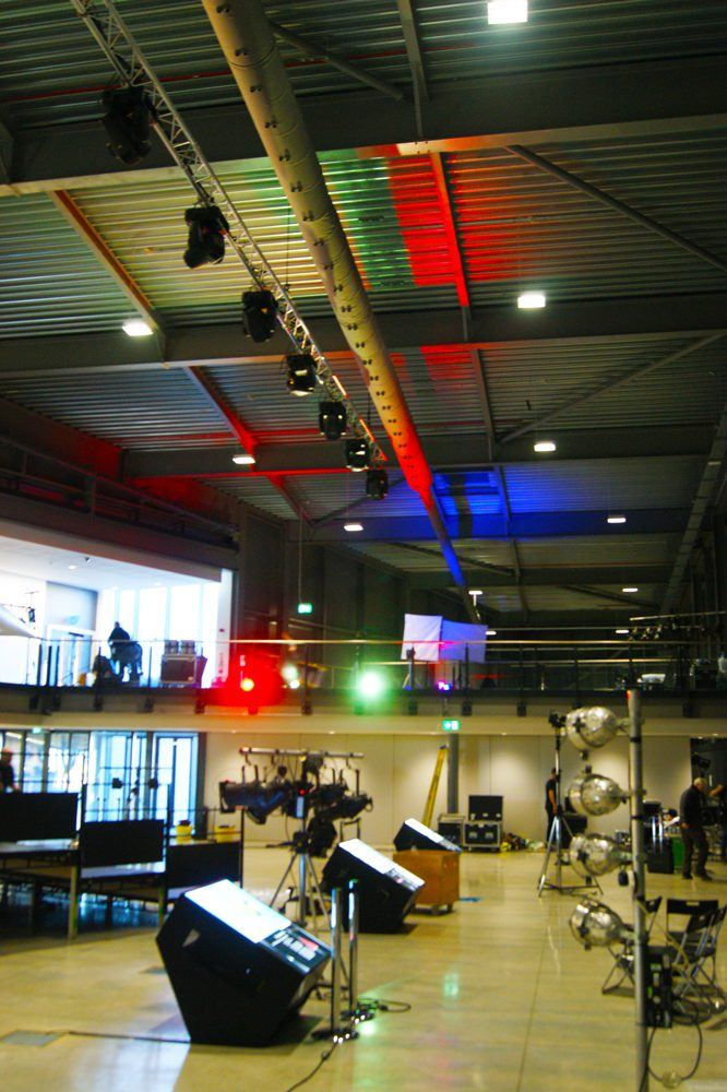air diffusers in roof space at aerospace Bristol